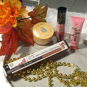 Other - Bundle of Makeup cheeks, lips, face powder
